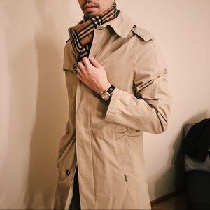 Burberry Trench Coat 🧥♥️
